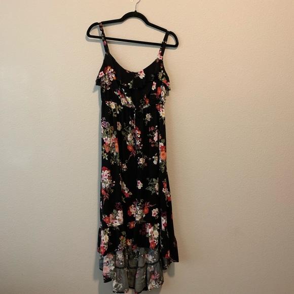 torrid Dresses & Skirts - Torrid Floral Dress size 1 Women H1